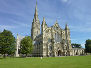 Day Trips - London to Salisbury Cathedral