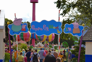 Paultons Family Theme Park Peppa Pig World Licensed Black Taxi